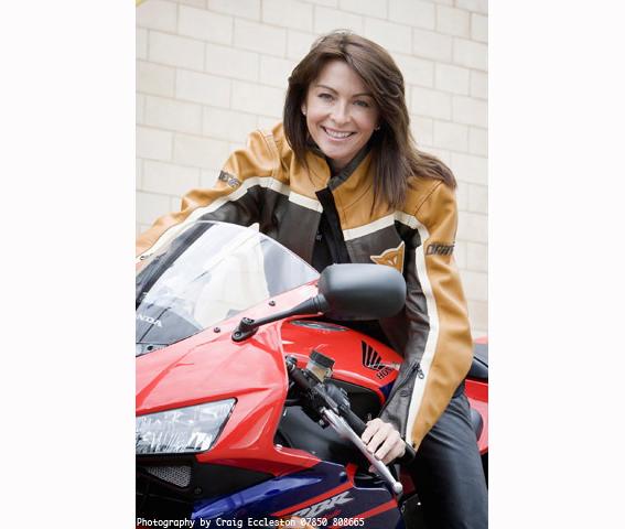 61077-a-Suzi perry motorbike.jpg